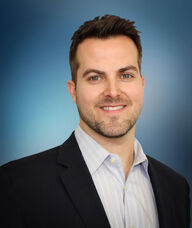 Book an Appointment with Dr. Matt Rayner for Chiropractic