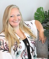 Book an Appointment with Becca Heidel at The Hive Chiropractic Center, LLC - Holmen